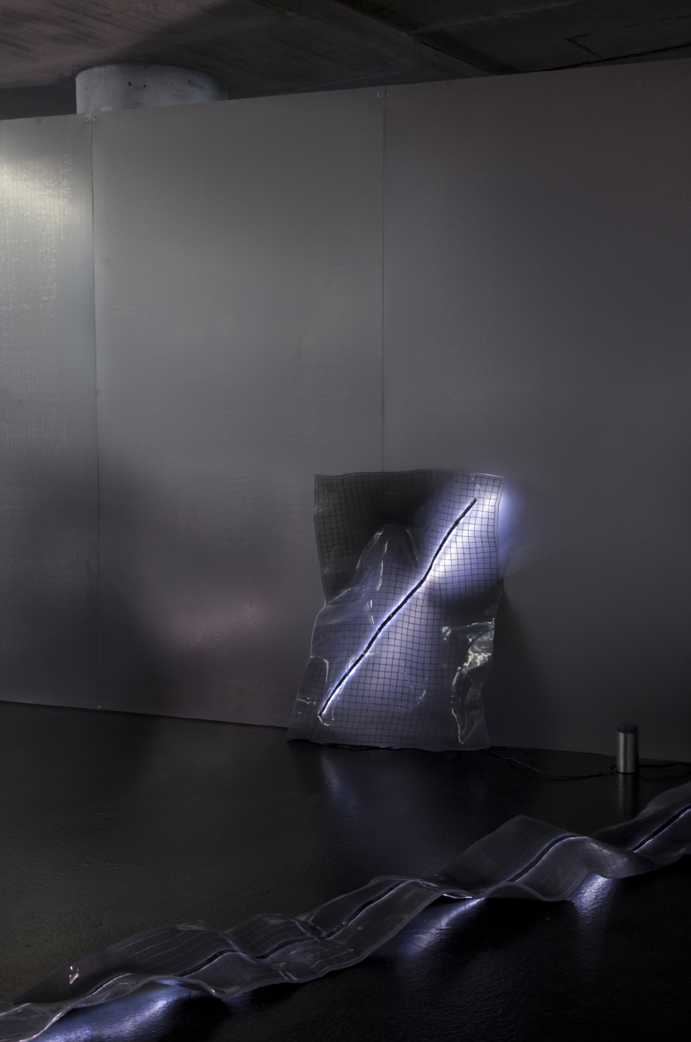 hans van sinderen Reinforced light object